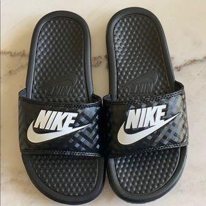 Nike Slides Brand New size 5